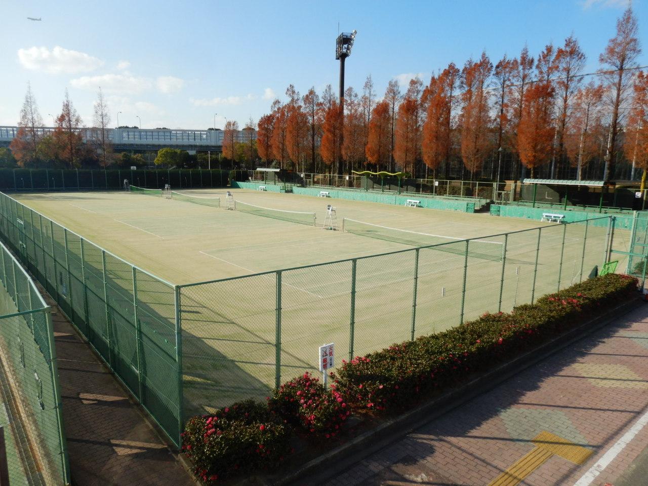 名島運動公園テニスコート (人工芝)